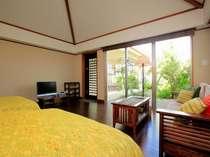 芭蕉・幅120cmのセミダブルベッド。
