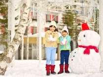 【雪遊び】ゲレンデはホテルから最短徒歩0分!雪遊びやキッズパークも充実しています。