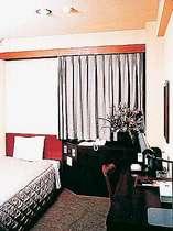 シングルルーム 清潔感ある客室でのんびり寛いでください