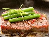 NEW!【旬の食材満載!四季替り特別会席グルメプラン】長崎県産牛ステーキと旬のお造りを召し上がれ