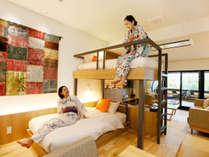 コンセプトルーム「Room TSUNAGARU」スタイリッシュなベッドは5台!