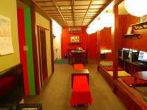 歌舞伎をモチーフに、居心地のよい空間作りに努めています。