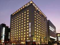 ◆ホテル外観夕景