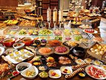 【朝食】野菜と玄米を中心とした身体に優しい朝食。迷ってしまう程多数のメニューでお迎え致します。