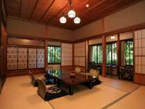 本館和室:4名様以上(一例)宮大工の遊び心が隠された趣ある客室