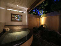 温泉露天付特別室72番露天風呂