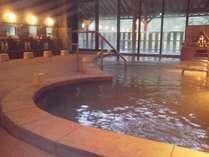【温泉】広々としたお風呂(ジャグジーもあります)