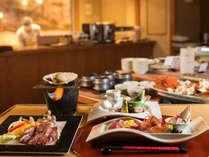 【桜房】季節膳とご一緒にズワイガニやサラダ、デザートなどをバイキング形式でお召し上がりください