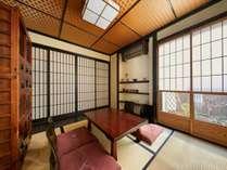 京町家の風情を味わうことの出来る、1日1組限定の贅沢な宿。