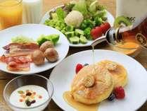 1階レストラン「ロイヤルガーデンカフェ」朝食イメージ