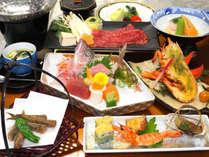 【2019年春・三河御膳】新鮮な地元旬魚のお刺身と牛すき鍋、オマール海老の木の芽焼きも楽しめます