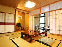 和室10畳 トイレ付 のお部屋です