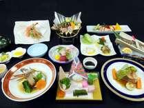 ご夕食イメージ【グレードUPプラン】 ※季節によりお料理内容は変わります。