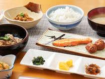 """◆朝食◆「和朝食」""""ふっくら""""炊きたてご飯に、手づくりおかず☆ご飯はおかわり自由でお好きなだけ♪"""
