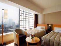 皇居のお堀に面した眺めの良いゆたっり快適なお部屋(皇居側)