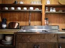 The HUTはキッチン完備しています。