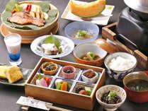 【朝食一例】夕食だけでなく季節の旨いをそろえた多種の料理をご用意