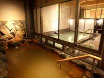 *【大浴場・金泉露天風呂A】2ケ所ある大浴場のうちの一つ、夜は女湯・昼は男湯になります。