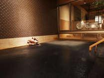 *【大浴場B・自家源泉かけ流し内湯】2ケ所ある大浴場のうちの一つ、夜は男湯・朝は女湯になります。