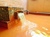 *【金泉露天風呂:大浴場B湯口】有馬温泉名物の湯をお楽しみください。