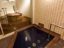 *【別館-貸切露天風呂】瓢箪からは、有馬の名湯金泉※内湯は六甲のお水の沸かし湯です