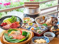 *【和朝食】炊きたて釜炊きご飯・秘伝の味噌漬け焼鮭・等ご飯が進むお料理をご提供いたします。