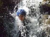 ■シャワートレッキング体験■大人も子供もみんなで楽しめる人気のアクティビティー!