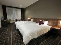 【客室】レジデンシャルツイン ・部屋広さ…37㎡・宿泊人数…1~3名・ベッド幅…140cm