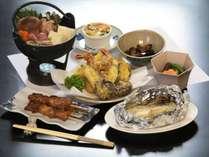 夕食【全体】地元の食材を使った田舎風家庭料理