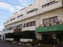 ホテル本館