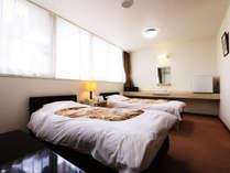 ゆとりある空間が疲れた体を癒してくれます♪段差をなくしたバリアフリー客室