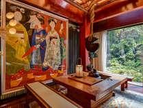 *■玄関ロビー■当館は、ケヤキの枠を館内に造るという富山の伝統の家造り「枠の内造り」でできています。