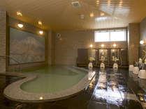 サウナ付き大浴場「長山の湯」でお仕事や旅の疲れをいやしてください。