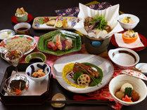 【絹の膳~kinunozen~】当館最上級コース―こだわり抜いた食材を贅沢に使った旬会席―