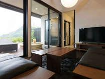 【客室】山の音(やまのね)☆富士山と海の絶景を望む露天風呂付スイート