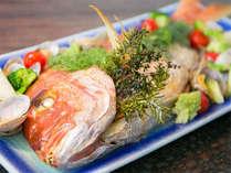 鯛の尾頭付お料理の一例です