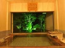 【古代檜の大風呂】夜の風景