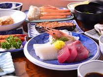 *お夕食一例/日本海の幸をふんだんに活かした料理の数々。