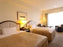 緑豊かなクラブを一望に見渡せるお部屋など、さまざまなタイプをご用意しております。