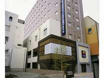 熊本駅より市電で8分「辛島町」下車徒歩1分!繁華街の中にあり観光やビジネスの拠点として最高の立地です
