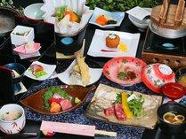 山梨県産黒毛和牛ステーキ(30g)・甲州名物ほうとう鍋を中心とした郷土色豊かなお料理