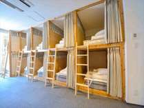ドミトリー部屋(二段ベッド*5)