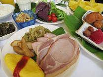 バイキング朝食☆ご宿泊の皆様にお召し上がりいただけます。 6:30~9:30、1Fレストラン花茶屋。