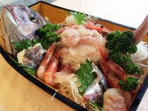 *夕食一例/その日一番新鮮な魚貝類を仕入れて豪華な舟盛りに!内容は季節により異なります。