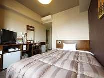 シングルルーム:必要なものが必要なところにある。そんなお部屋になっています!