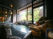【大浴場・露天風呂】温泉の泉質は、純度100%の自家掘り源泉。