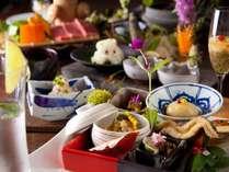 女性にも好評な彩り豊かな食材を美食会席お楽しみください