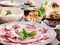 あたらしや秘伝のタレで頂く秋冬の味覚「ぼたん鍋」はコラーゲンもたっぷり☆