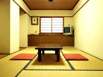 *【和室バストイレ付(一例)】落ち着いた雰囲気のお部屋でのんびり♪