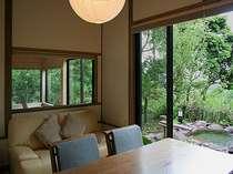 (客室例) マイナスイオンたっぷりの自然に囲まれて至福の時間なんていかがですか?